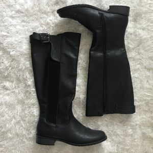 "Kenneth Cole ""Unlisted"" Black Boots"